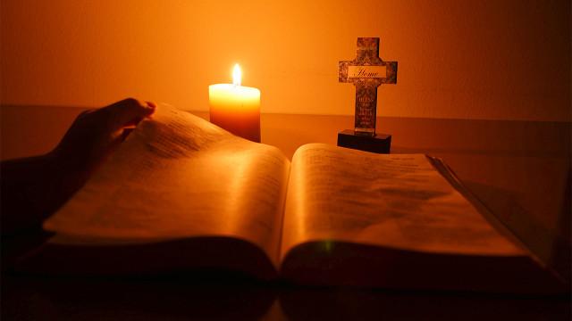 主耶穌再來駕雲降臨的時候萬民都要哀哭,人為何要哀哭?
