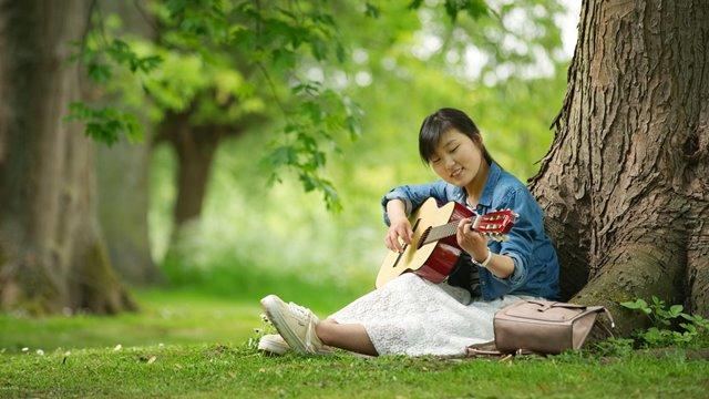 學吉他之旅——體嘗腳踏實地做人的快樂(有聲讀物)